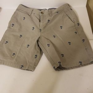 Vans off the wall shorts men's size 30